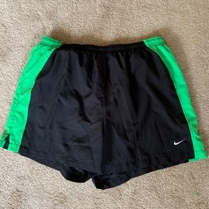 Nike youth lined short size 12 to 14